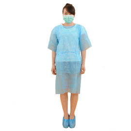China Eco Friendly Disposable Medical Clothing , Hospital Patient Gown 20-50g/M2 supplier