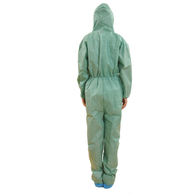 Soft Single Use Non Woven Coverall With Hood Anti Dust / Paint S-3XL Size